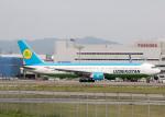 sg-driverさんが、福岡空港で撮影したウズベキスタン航空 767-33P/ERの航空フォト(写真)