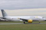 安芸あすかさんが、ダブリン空港で撮影したブエリング航空 A320-214の航空フォト(写真)