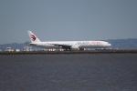 職業旅人さんが、サンフランシスコ国際空港で撮影した中国東方航空 777-39P/ERの航空フォト(写真)