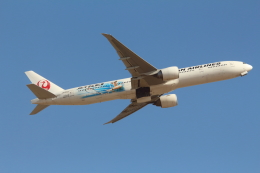 Koenig117さんが、成田国際空港で撮影した日本航空 777-346/ERの航空フォト(写真)