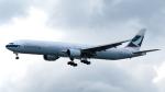 誘喜さんが、香港国際空港で撮影したキャセイパシフィック航空 777-367の航空フォト(写真)