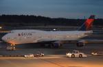 東亜国内航空さんが、成田国際空港で撮影したデルタ航空 747-451の航空フォト(写真)