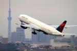 newskyさんが、羽田空港で撮影したデルタ航空 777-232/ERの航空フォト(写真)
