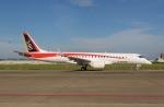 ★グリオさんが、名古屋飛行場で撮影した三菱航空機 MRJ90STDの航空フォト(写真)