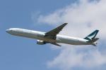 宮崎 育男さんが、成田国際空港で撮影したキャセイパシフィック航空 777-367の航空フォト(写真)