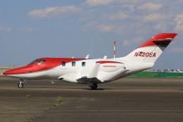 スポット110さんが、羽田空港で撮影したホンダ・エアクラフト・カンパニー HA-420の航空フォト(写真)