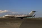 スポット110さんが、羽田空港で撮影したビスタジェット BD-700-1A10 Global 6000の航空フォト(写真)