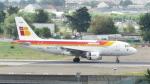 誘喜さんが、パリ オルリー空港で撮影したイベリア航空 A319-111の航空フォト(写真)