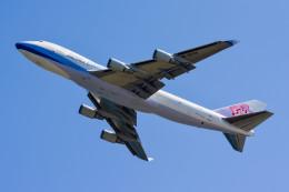 車掌さんが、関西国際空港で撮影したチャイナエアライン 747-409F/SCDの航空フォト(写真)