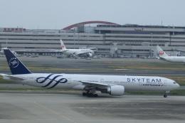 KENKEN25さんが、羽田空港で撮影したエールフランス航空 777-328/ERの航空フォト(写真)