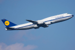 Tomo-Papaさんが、羽田空港で撮影したルフトハンザドイツ航空 747-830の航空フォト(写真)
