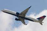 木人さんが、成田国際空港で撮影したデルタ航空 757-26Dの航空フォト(写真)