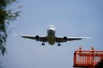 ひよこペンさんが、高松空港で撮影した全日空 767-381/ERの航空フォト(写真)