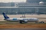 ハピネスさんが、羽田空港で撮影した全日空 767-381F/ERの航空フォト(写真)