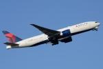 木人さんが、成田国際空港で撮影したデルタ航空 777-232/LRの航空フォト(写真)