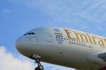 アップルゆこさんが、台湾桃園国際空港で撮影したエミレーツ航空 A380-861の航空フォト(写真)