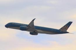 Semirapidさんが、関西国際空港で撮影したベトナム航空 A350-941XWBの航空フォト(写真)