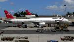 航空見聞録さんが、ホノルル国際空港で撮影したノースウエスト航空 757-351の航空フォト(写真)