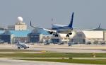 ゆっくんさんが、那覇空港で撮影した全日空 737-881の航空フォト(写真)
