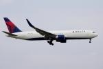 zettaishinさんが、成田国際空港で撮影したデルタ航空 767-332/ERの航空フォト(写真)