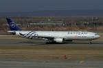 ウッディーさんが、新千歳空港で撮影したチャイナエアライン A330-302の航空フォト(写真)