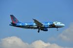 flytaka78さんが、ロンドン・ヒースロー空港で撮影したブリュッセル航空 A320-214の航空フォト(写真)