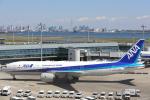 安芸あすかさんが、羽田空港で撮影した全日空 777-281の航空フォト(写真)
