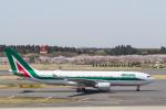 岡崎美合さんが、成田国際空港で撮影したアリタリア航空 A330-202の航空フォト(写真)