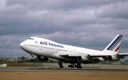 Gambardierさんが、伊丹空港で撮影したエールフランス航空 747-128の航空フォト(写真)