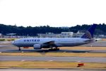まいけるさんが、成田国際空港で撮影したユナイテッド航空 777-222/ERの航空フォト(写真)