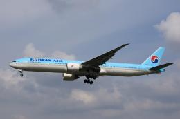 MOHICANさんが、福岡空港で撮影した大韓航空 777-3B5/ERの航空フォト(写真)