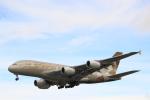 蒲田賢二さんが、ロンドン・ヒースロー空港で撮影したエティハド航空 A380-861の航空フォト(写真)