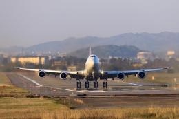 Rundy's Airgraphyさんが、小松空港で撮影したカーゴルクス 747-8R7F/SCDの航空フォト(写真)