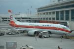 東亜国内航空さんが、那覇空港で撮影した日本トランスオーシャン航空 737-446の航空フォト(写真)