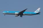 じゃがさんが、成田国際空港で撮影したKLMオランダ航空 777-306/ERの航空フォト(写真)