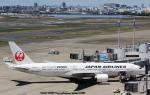 ルビーさんが、羽田空港で撮影した日本航空 777-246の航空フォト(写真)