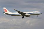 ぽんさんが、成田国際空港で撮影した中国国際航空 A330-243の航空フォト(写真)