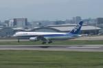 職業旅人さんが、福岡空港で撮影した全日空 767-381の航空フォト(写真)
