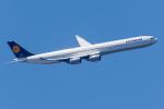 Tomo-Papaさんが、羽田空港で撮影したルフトハンザドイツ航空 A340-642Xの航空フォト(写真)