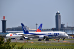 うめたろうさんが、成田国際空港で撮影した全日空 787-881の航空フォト(写真)