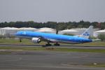 ☆ライダーさんが、成田国際空港で撮影したKLMオランダ航空 777-306/ERの航空フォト(写真)