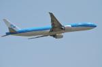 Co-pilootjeさんが、成田国際空港で撮影したKLMオランダ航空 777-306/ERの航空フォト(写真)