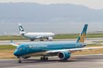 岡崎美合さんが、関西国際空港で撮影したベトナム航空 A350-941XWBの航空フォト(写真)