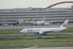 meijeanさんが、羽田空港で撮影した日本航空 767-346の航空フォト(写真)