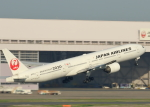 tuckerさんが、羽田空港で撮影した日本航空 777-346の航空フォト(写真)