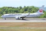 Wings Flapさんが、広島空港で撮影した日本航空 737-846の航空フォト(写真)