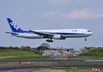 mojioさんが、成田国際空港で撮影した全日空 767-381の航空フォト(写真)