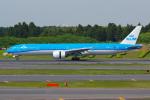 PASSENGERさんが、成田国際空港で撮影したKLMオランダ航空 777-306/ERの航空フォト(写真)
