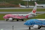 妄想竹さんが、那覇空港で撮影した日本トランスオーシャン航空 737-446の航空フォト(写真)