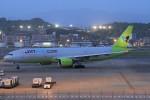 masa707さんが、福岡空港で撮影したジンエアー 777-2B5/ERの航空フォト(写真)